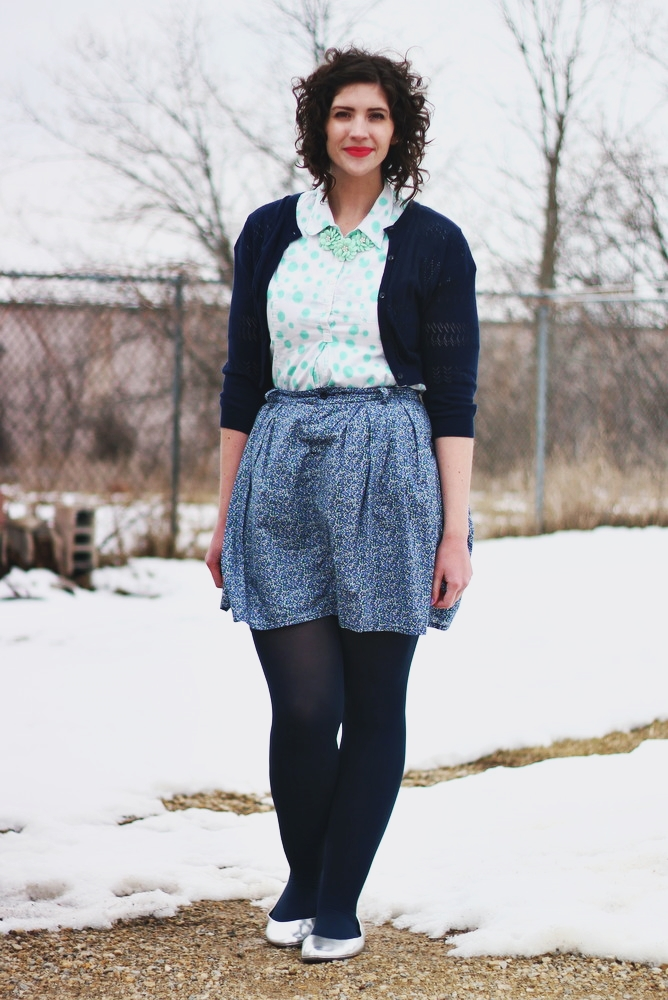 The Basics of a Simple Outfit