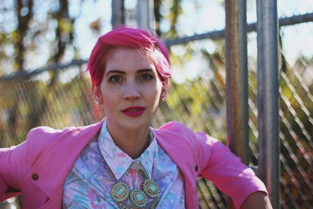 What To Wear With Pink Hair