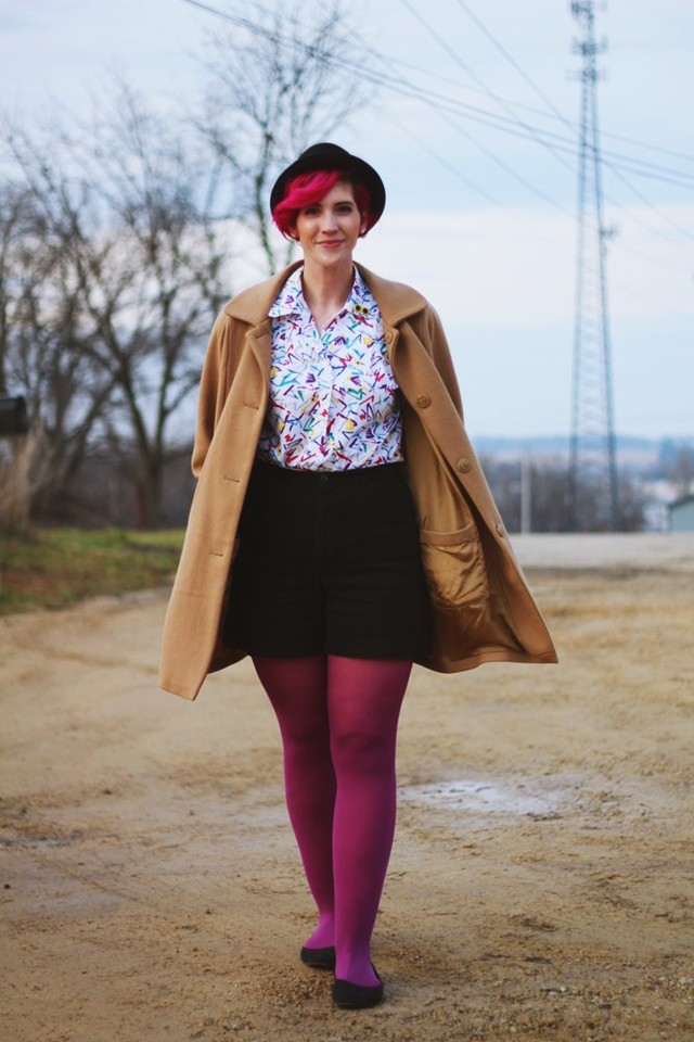 purple-tights-pink-hair-totally-1980s-outfit-01