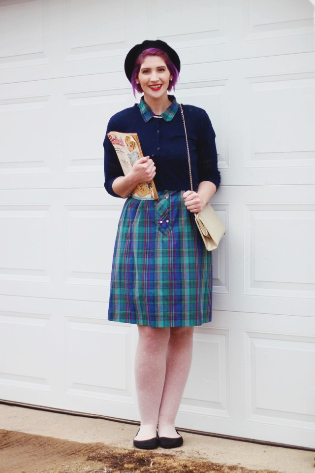 1950s-inspired-outfit-plaid-dress-04