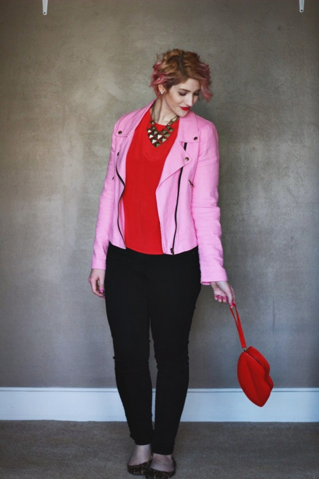 pink-and-red-outfit-valentines-day-04