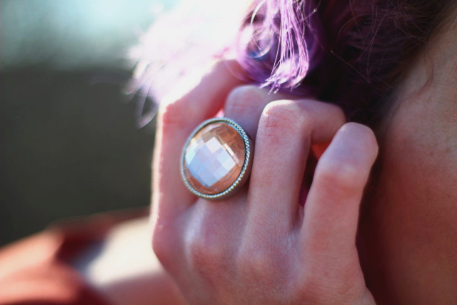 Sparkling champagne colored round ring