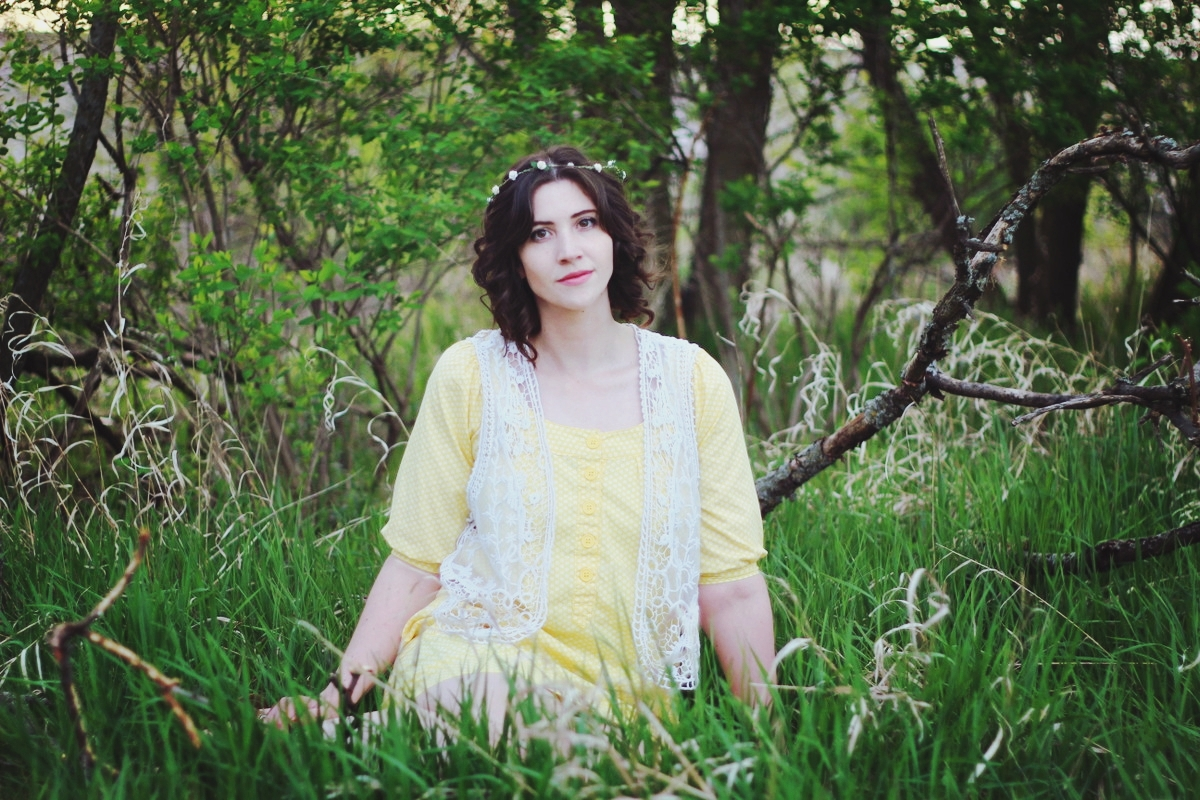 Spring style outfit inspiration yellow boho dress and flower crown