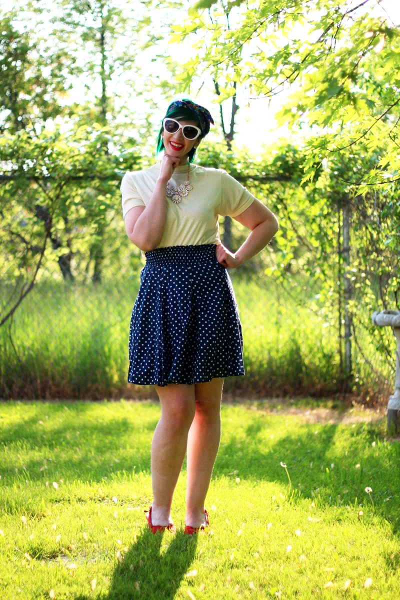All The Primary Colors In One Outfit w/ Green Hair!