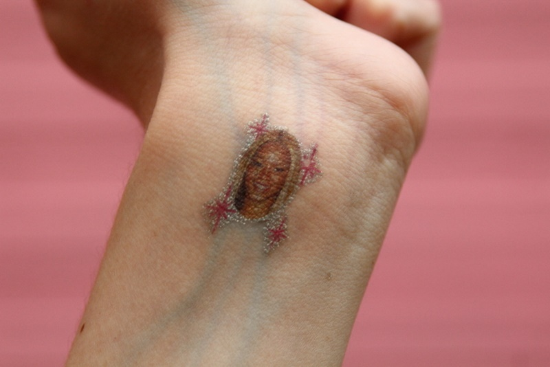Beyonce tattoo queen B pink