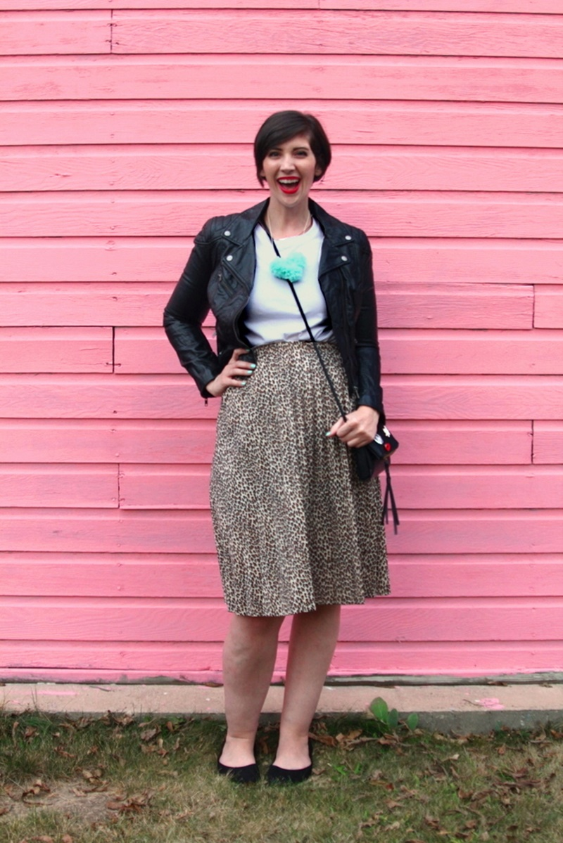 the outfit repeater, hannah rupp, thrifted outfit, leopard print skirt, white t-shirt, thredUP h&M moto jacket, small purse, Colourpop lippie stix bossy red lipstick