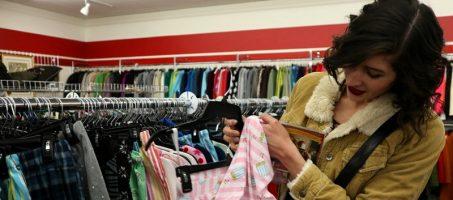 Thriftin' Through Wisconsin: My Favorite Janesville Stores