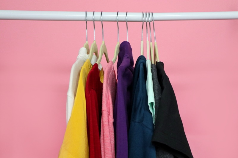 small closet organization ideas hannah rupp the outfit repeater